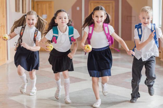 Jak wesprzeć dziecko w powrocie do szkoły po wakacjach?